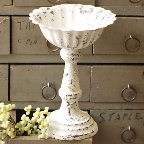 Chippy Creamy White Metal Fluted Holder 6.5