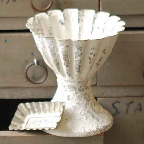 Chippy Creamy White Metal Fluted Vase 4